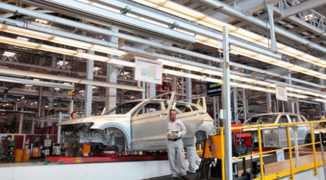 Puebla: Estrategia de VW reduce consumo de energía y agua en producción de automóviles (El Popular)