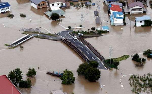 Japón: Hagibis devasta ciudades (El Heraldo de México)