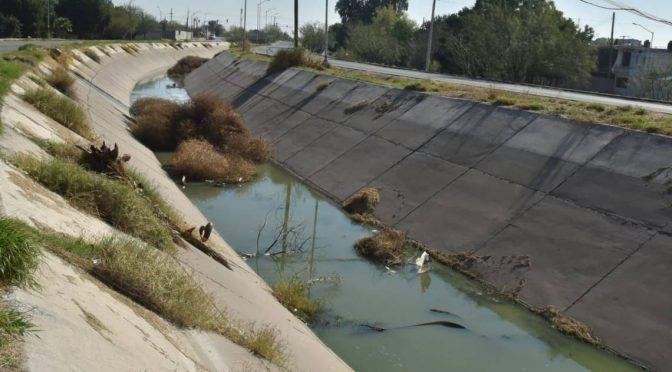 Coahuila: Avanza obra para conducir el agua (La Voz)