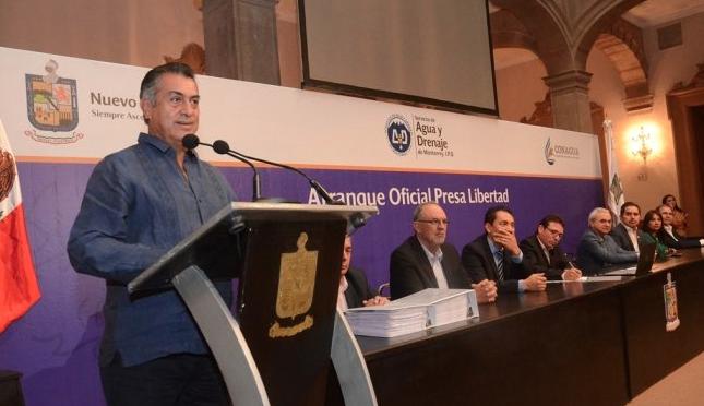 Puebla: Legislativo no aprobó privatización del agua, asegura Méndez Spíndola (Megalópolis)
