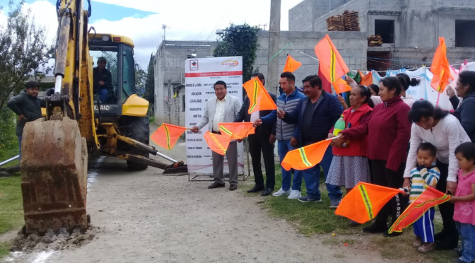 Tlaxcala: Dan banderazo para dos líneas de agua potable en Tlaltelulco (abc)