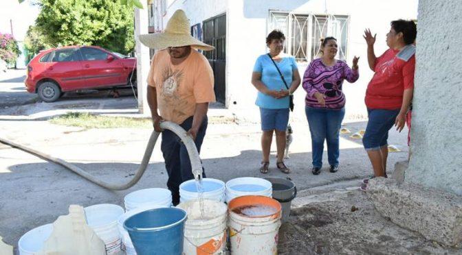 Torreón: Por falta de agua, protestan vecinos de Nueva Aurora (Noticias del Sol de la Laguna)