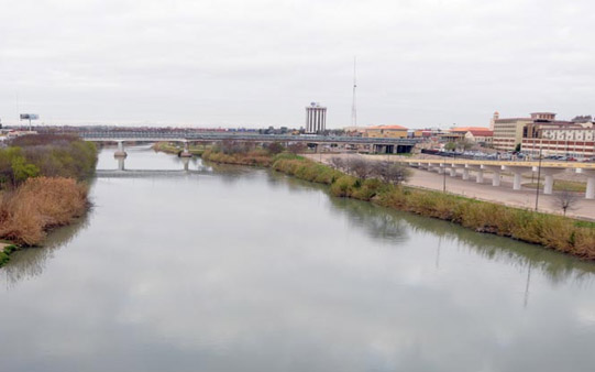México: Agua del Bravo, mercado negro al mejor postor (El mañana)