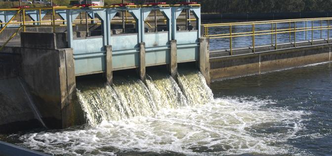 Nuevo León: Piden a empresas a usar agua tratada (El Norte)