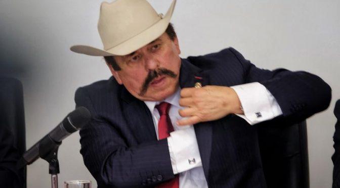 """Convocarán foros para impulsar el """"fracking"""" en México (Los Tubos)"""
