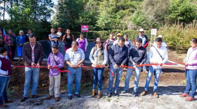 Entregan olla de captación de agua pluvial en Tlaltempa, Buenavista para beneficio de 120 familias  (Central)