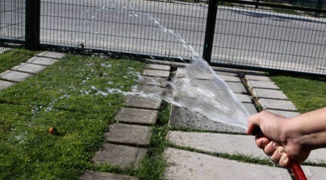 Proponen que empresarios participen en distribución de agua en la CDMX (Publimetro)