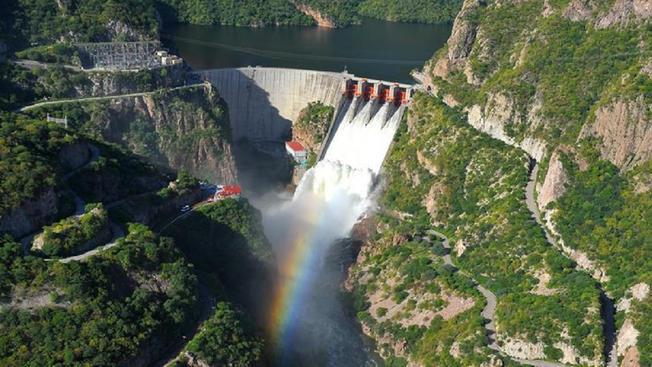 Racionan agua en 12 estados debido a la sequía (Telemundo)