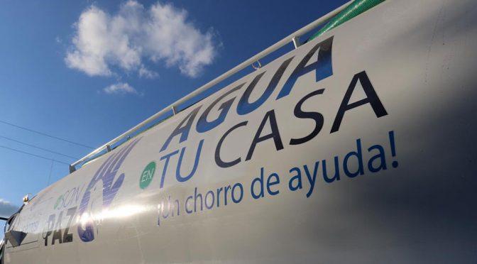 San Luis Potosí: Con tinacos 'resuelven' problema de agua potable a Escalerillas (Plano Informativo)