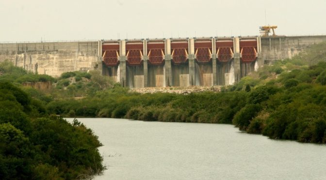 Monterrey: Inicia trasvase de agua de presa El Cuchillo para Tamaulipas (Milenio)