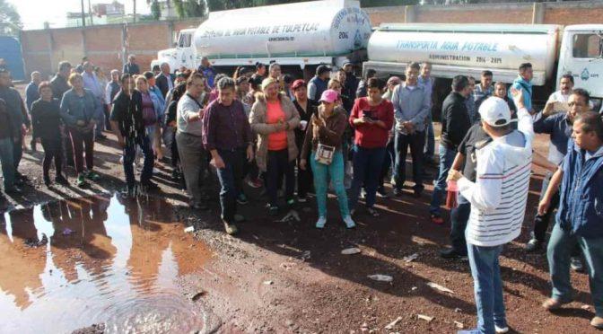 Estado de México: frenan la venta de agua a piperos en el pueblo de Tulpetlac, Ecatepec (La Silla Rota)