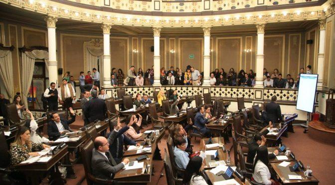 Puebla: Congreso prohibirá a Concesiones Integrales  hacer cortes en el servicio doméstico (La Jornada de Oriente)