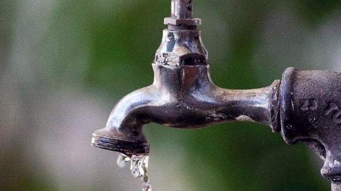 Tabasco: Se quedan sin agua más de 350 mil habitantes en Tabasco (Excelsior)