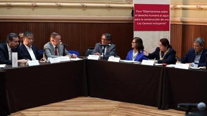 México: Proponen cobrar saneamiento de aguas (Reforma)