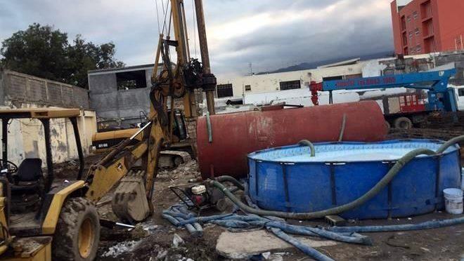 Nuevo Leon: Piden vecinos indagar extracción de agua (El Norte)
