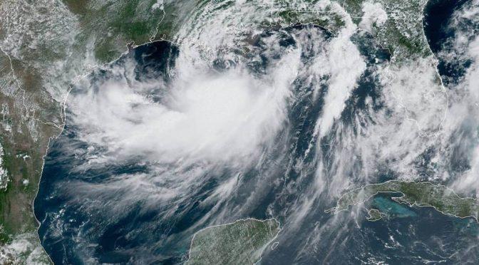 México: Migran huracanes por 'alberca caliente (El Siglo de Coahuila)