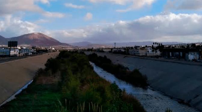 El Gobierno de México avanza en la solución para la situación de saneamiento de aguas en el río Tijuana (CB Televisión)