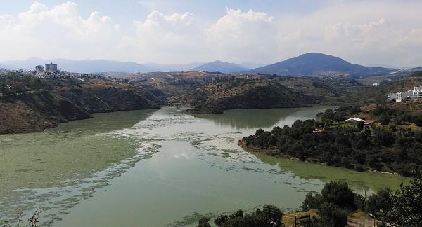 Edomex: Vecinos demandan a autoridades el daño ambiental a la presa Madín (El Heraldo)
