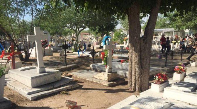 Hermosillo: Ciudadanos reportan falta de agua y acumulación de maleza en el Panteón Yáñez (El Sol de Hermosillo)