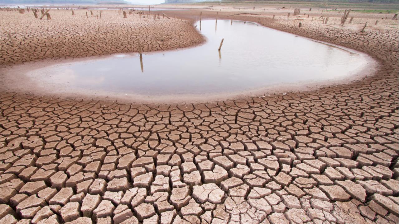 España: Restricción en el consumo de agua potable en municipios palmeros por sequía (La Vanguardia)