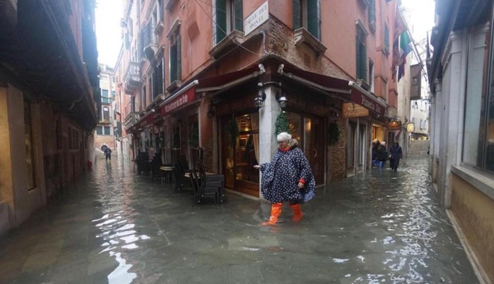 """Preocupación por el """"agua alta"""" en Venecia (Noticieros Televisa)"""
