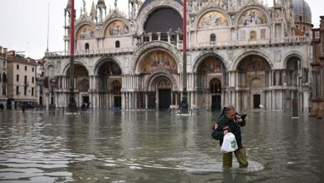 Italia: Una cuarta parte de Venecia sumergida bajo el agua por inusuales lluvias extremas (Milenio)