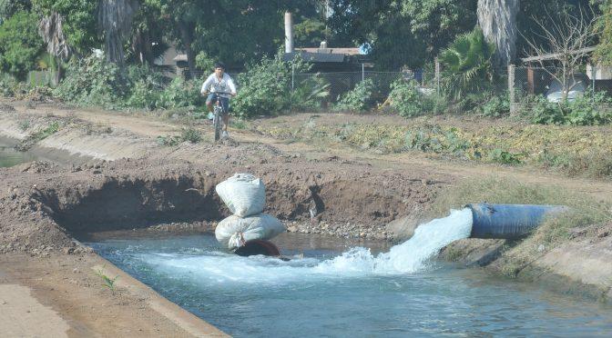 Sinaloa: Engañaron a productores con ley de uso de agua: Diputado (debate)