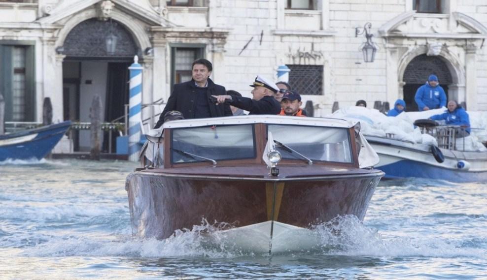 Venecia bajo el agua: Gobierno italiano declara estado de emergencia (Noticieros Televisa)
