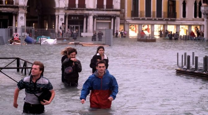 Venecia, inundada por agua y corrupción (La Jornada)