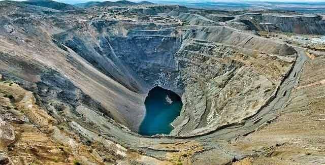 Industria minera dice que usa menos agua que la textil y agroalimentaria (La Jornada)