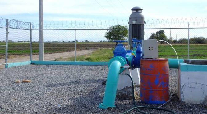 Coahuila: Dan mantenimiento a sistema de bombeo y dotan de agua potable a Tlahualilo (Noticias de el Sol de La Laguna)