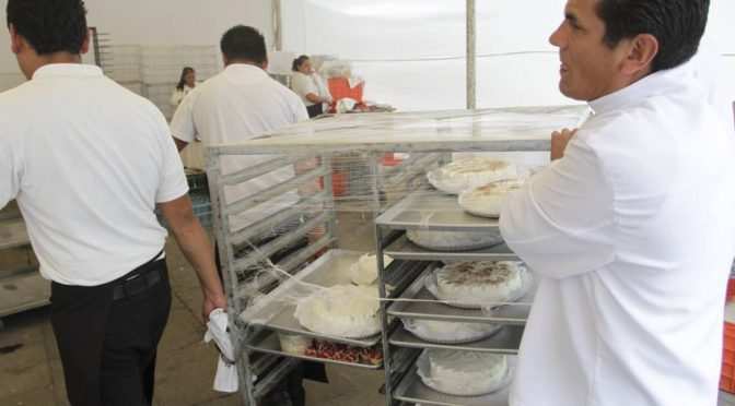 "Cámara de Diputados regala renta, agua y luz a restaurantes ""fifís"" (Publimetro)"