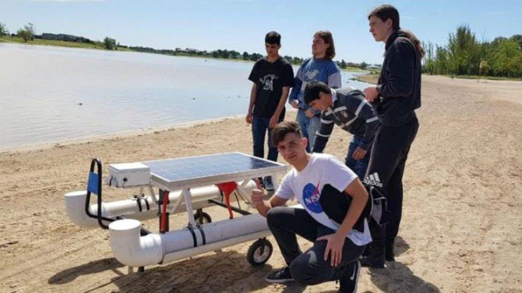 Argentina: Un joven entrerriano desarrolló un drone acuático para luchar contra la contaminación (APFD)