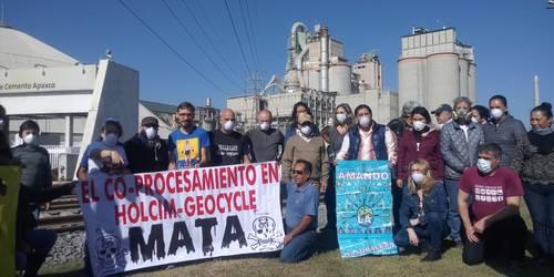México: Constatan ONG daño ambiental de industrias en el Edomex e Hidalgo (La Jornada)