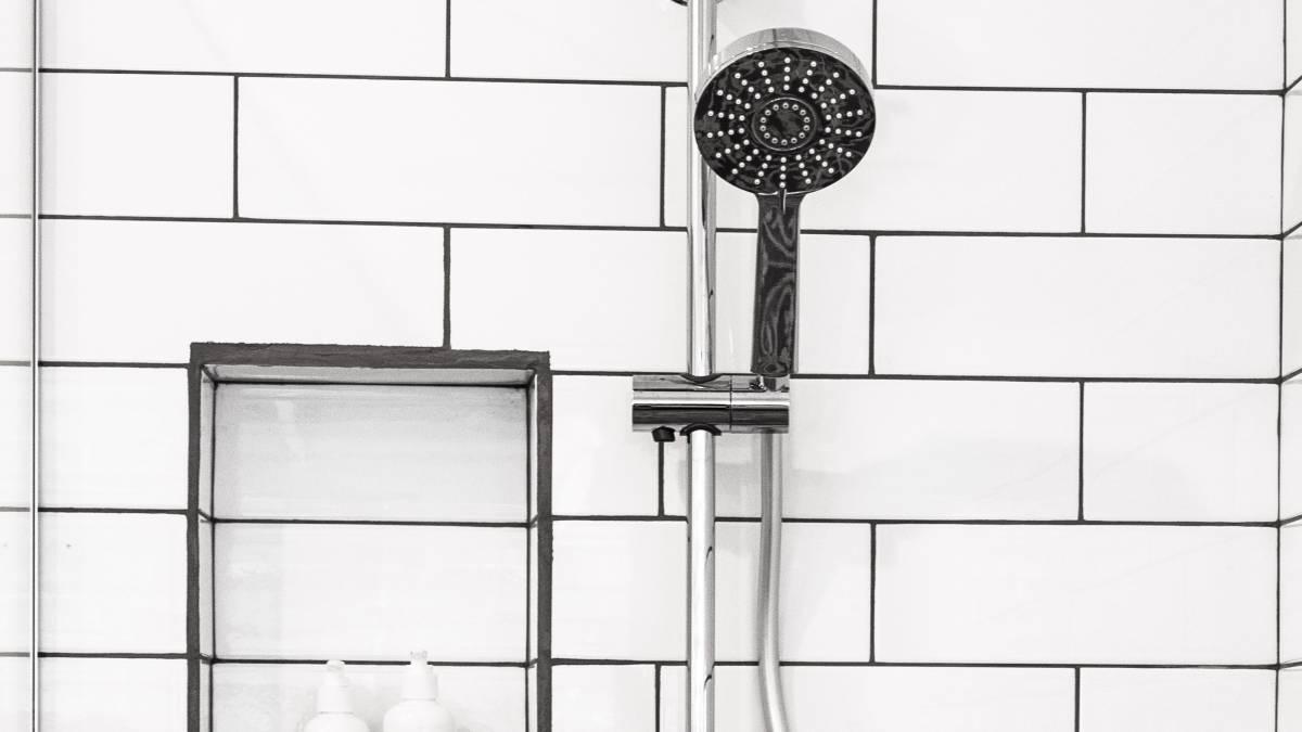 Las duchas de agua helada no ayudan a recuperar los músculos (as)