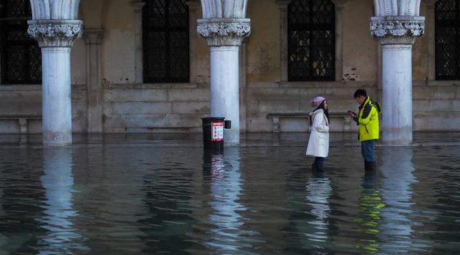 Italia: Venecia celebró la navidad inundada (El Tiempo)