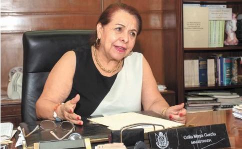 Querétaro: Tendrá ex magistrada pensión y cargo en CONAGUA (El Universal)