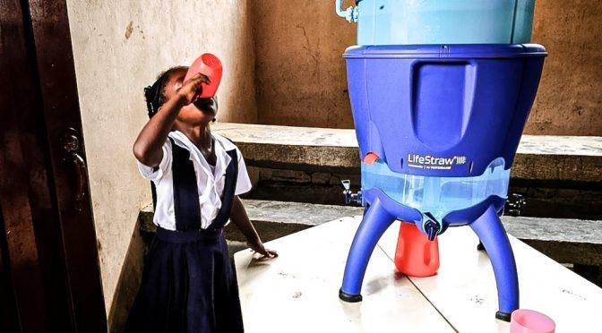 """Colombia: """"¡No Hay Agua!"""": la exposición de fotografía que distribuye agua potable en Chocó (pacifista)"""