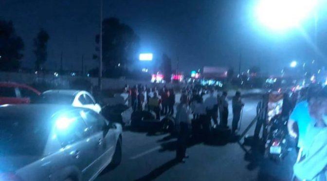 Edomex: Bloquean de nuevo la Avenida Central por falta de agua en Ecatepec (adn 40)
