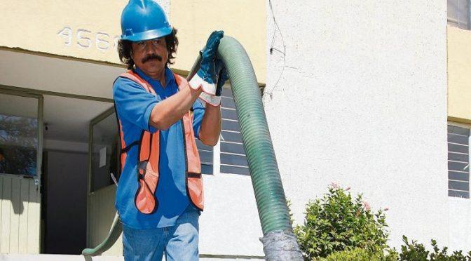 Por adeudos, reducen agua a 28 mil en ZMG (Informador Mx)