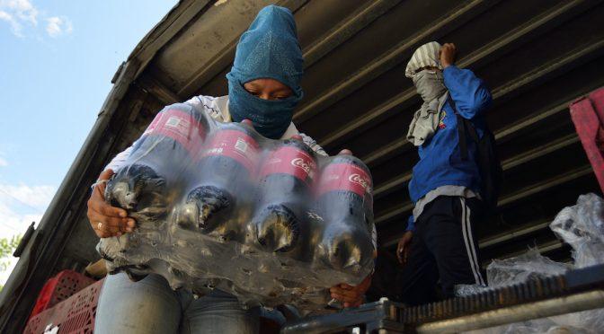 Chiapas: Defensores se oponen a que se entregue a Coca-Cola el derecho de explotar un tercer pozo (Sinembargo)