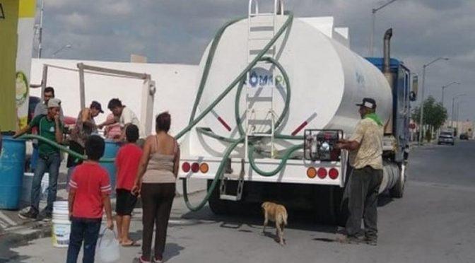 Estado de México: en Ecatepec pagan hasta mil pesos por una pipa de agua (El Universal)