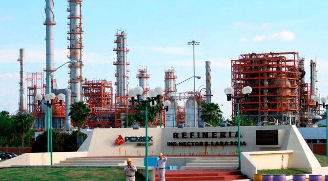Nuevo León: Exigen investigar si la Refinería contamina agua (El Norte)