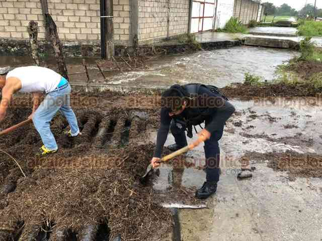 Veracruz: reportan afectaciones por lluvias causadas por frente frío en El Espinal (Al Calor Político)