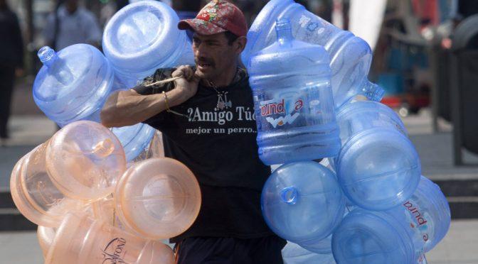 El agua, un fracaso público y un negocio privado en México (El País)