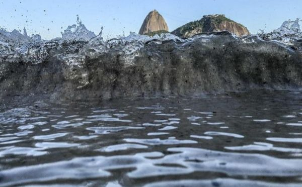 Brasil: Río de Janeiro, al borde del colapso por el agua de grifo contaminada (El Mundo)