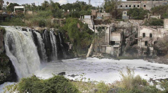 México: Un río contaminado revela el fracaso ambiental en el país (Clarín)