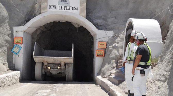 Minera canadiense lleva 12 años contaminando el agua y dañando los cultivos, acusan en Durango (Sin Embargo)