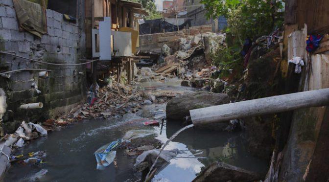"""Brasil: Gobernador de Río tacha de """"inadmisibles"""" problemas con agua (Infobae)"""