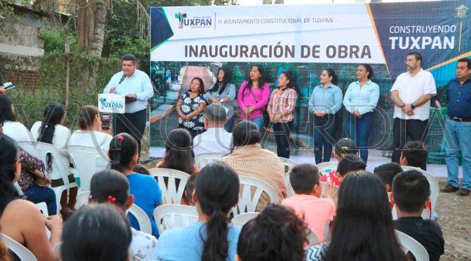 Veracruz: Inagura alcalde rede de agua en Tuxpan  (Vanguardia)